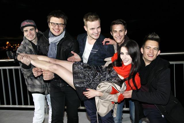 """Mettler i uczestniczka """"Top Model"""" razem na planie!"""